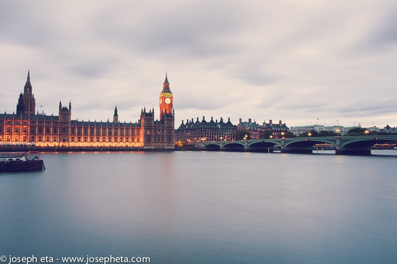 Wall art of  the Big Ben at the blue hour